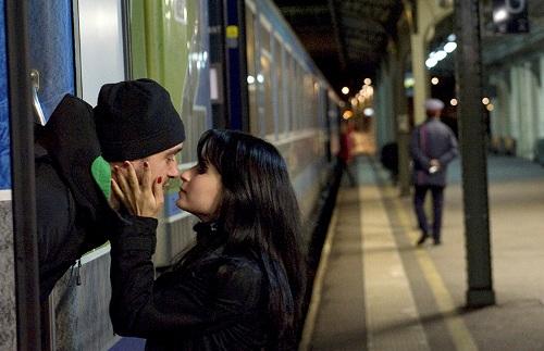 cấm hôn nhau tại nhà gas- Pháp