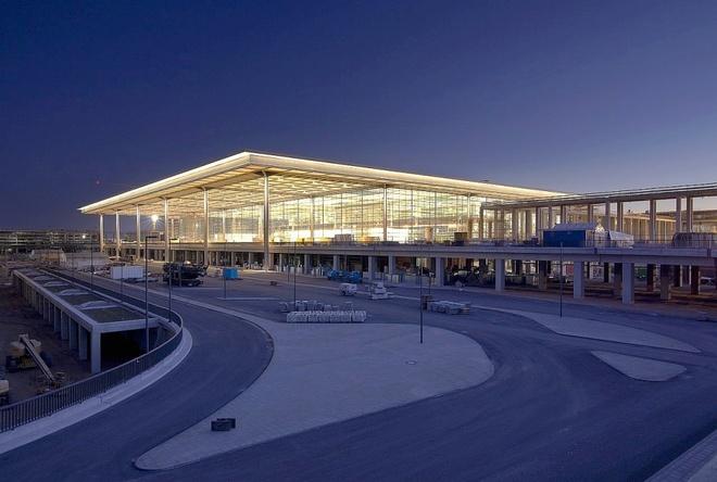 Sân bay Berlin Brandenburg ở thủ đô nước Đức