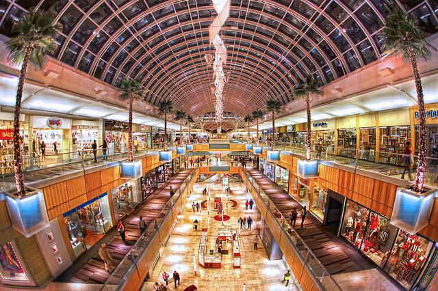 Kết quả hình ảnh cho Thiên đường mua sắm Dallas